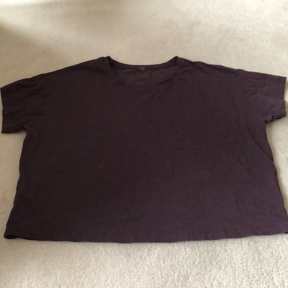 Lululemon cropped t-shirt!